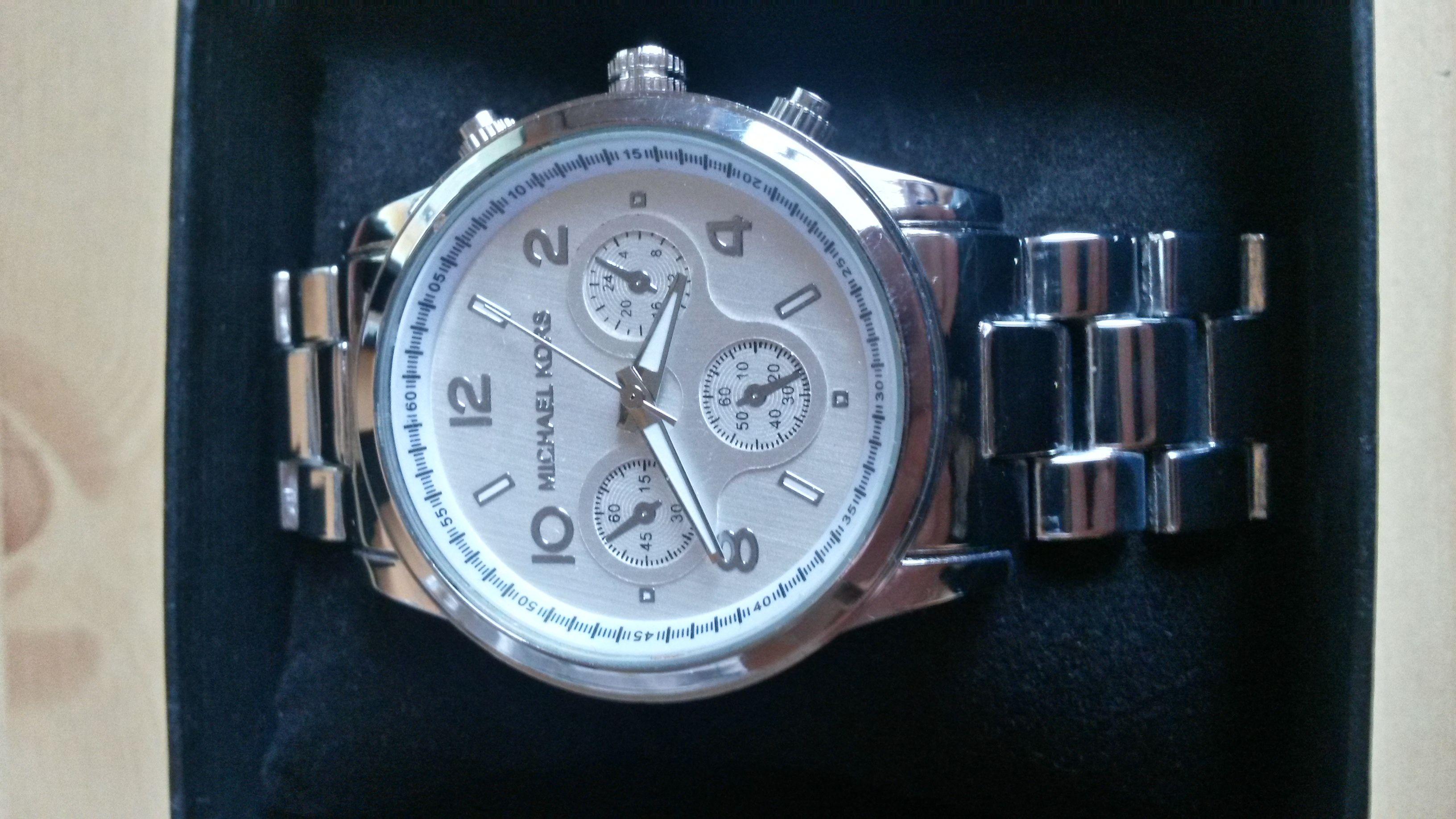 05e2cae692 Michael kors hodinky - bazoš