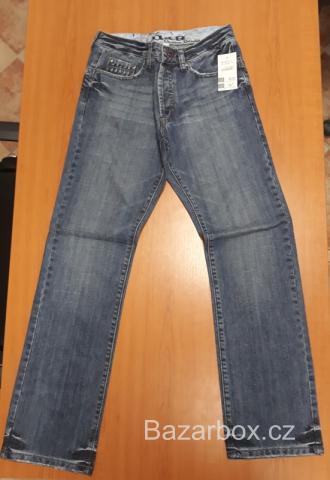 3c83d588698 Bazar a inzerce s oblečením